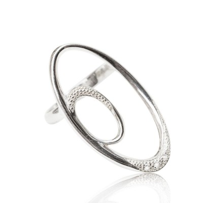 ELIPSE RING WITH DIAMONDS